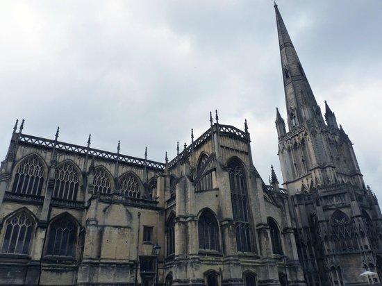 St Mary Redcliffe Church: l'esterno della chiesa