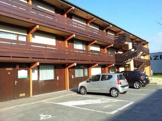 """Campanile Le Bourget - Gonesse : """"kamer""""gebouw"""