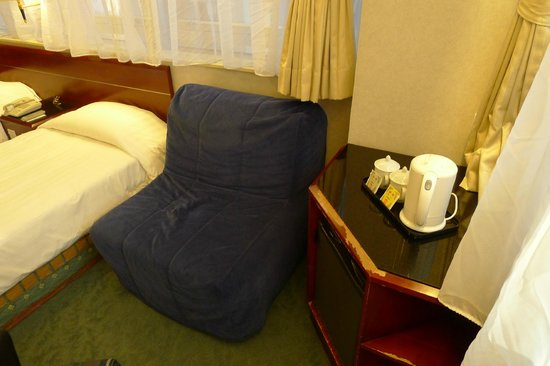 West Hotel: Sofa Bed