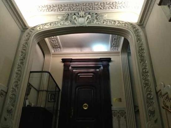 Circa 1905: the entrance of the building