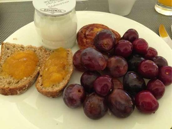 Hotel Palacio de Villapanes: my breakfast