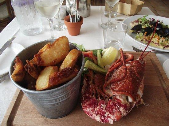 The Georgian House Restaurant: Christine's Half a lobster!