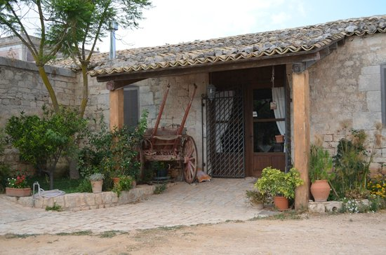 Villa Quartarella: Ingresso sala relax