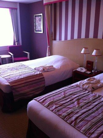 Hotel Monterey Kyoto: Twin room