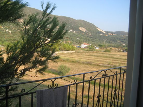 Roula Apartments: what a view from back shared balcony