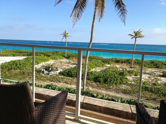 The Bistro at Sky Beach Club: Vistas desde terraza-comedor