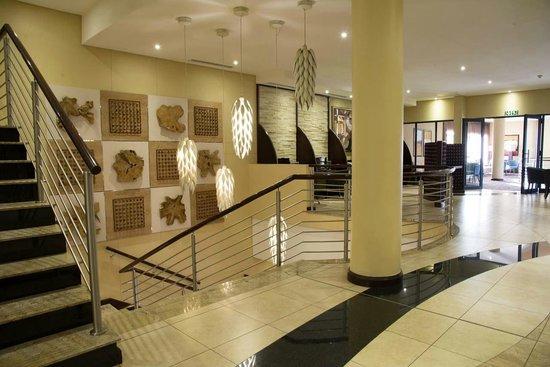 Premier Hotel OR Tambo : Hotel Interior
