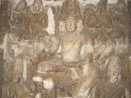 Sculpture in Vaigunda Perumal Temple