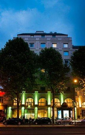 Hotel Holiday Inn Paris Gare Montparnasse: Hotel