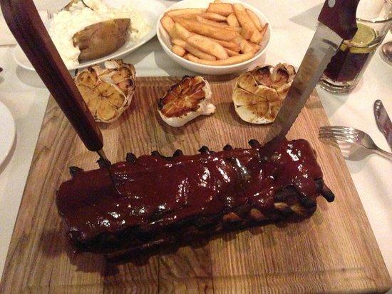 Steiku Haoss: Great pork ribs!