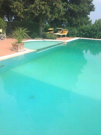 Hotel Villa La Cappella: Pool ...
