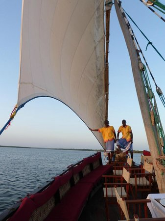Mida Dhow: Catching a breeze