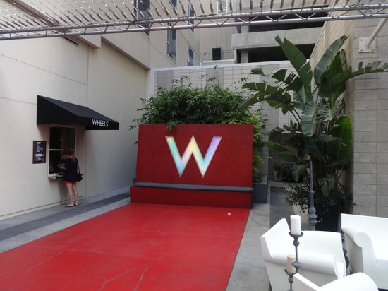 W Hollywood: wait for the valet