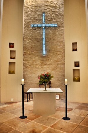Kolping Guest House & Conference Centre: Chapel inside