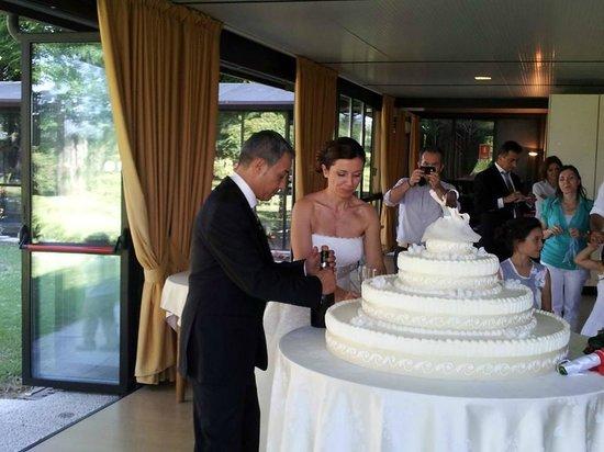 Villa Regina: Squisita torta nuziale!