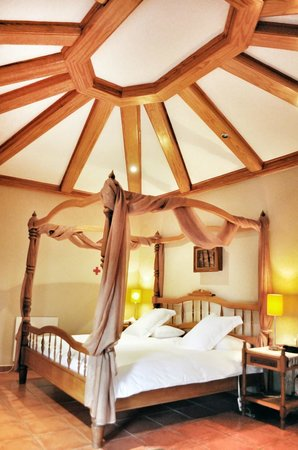 Kolping Guest House & Conference Centre: Honeymoon suite