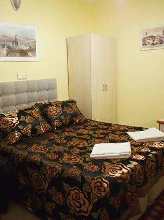 Weisse Burg Beyaz Kale Pension: Standard double room