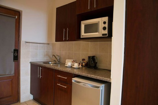 Premier Hotel Edwardian: Unit Kitchen