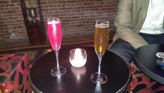 Bubble Lounge - NYC : our drinks!