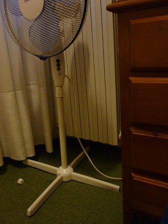Hotel Bisesti: Un ventilateur qui se démonte