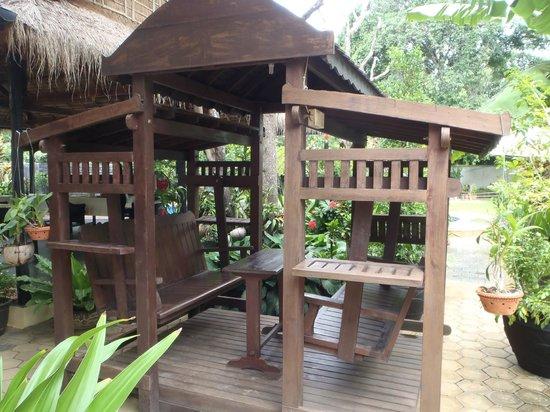 Mayfair Angkor Villa: Charming swing