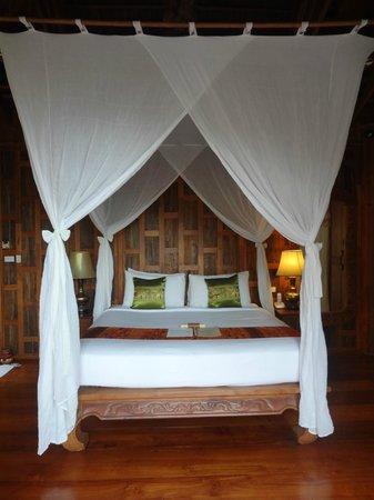 Santhiya Koh Phangan Resort & Spa: Santhiya Sea View Pool Villa Suite -- Schlafzimmer