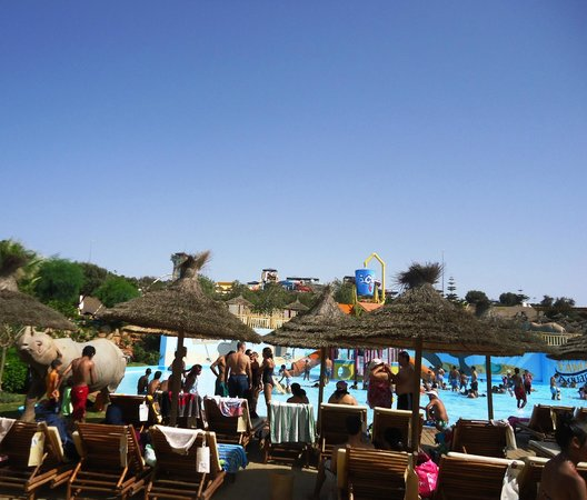 Piscine picture of tamaris aquaparc casablanca for Aqua piscine otterburn park