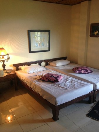 Gunung Merta Bungalows: Double room