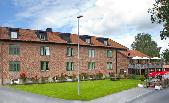 Kvibergs Hostel & Cottages: the hostel from the outside