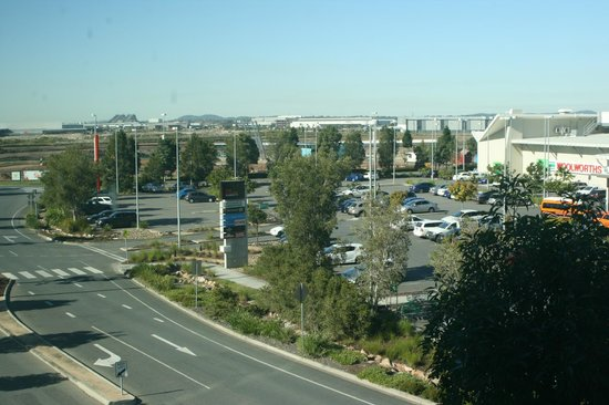 Novotel Brisbane Airport : view out the window