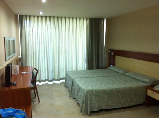 Hotel Deloix Aqua Center: habitación