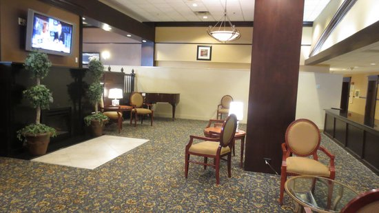 Holiday Inn Tewksbury Andover: Lobby