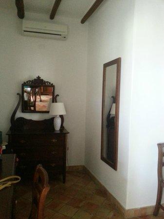Hotel Ravesi : chambre 8
