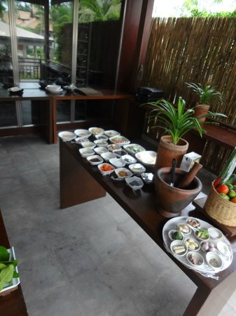 SALA Samui Resort And Spa: Thai Cooking Class beim Pool