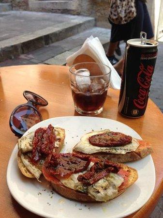 Arco Rosso: Bruschetta spicy