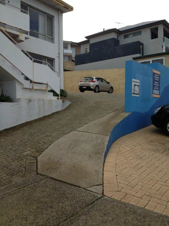 Scarborough Apartments : PARKING