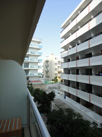 Hotel Athena: View from balcony. Very close to neighbour appartments.