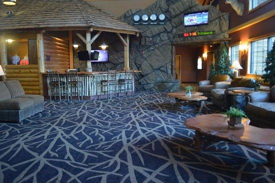 Grand Lodge Waterpark Resort: Lobby