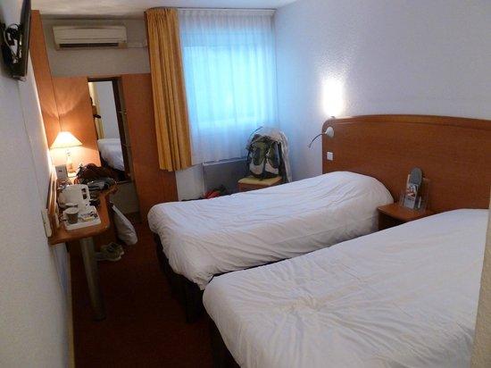 Kyriad Toulon Est - La Garde : Chambre