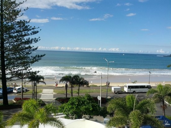 Mantra Zanzibar: View from the apartment on the 4th floor of Mooloolaba Beach
