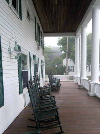 Emerson Inn: Rear porch