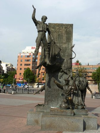 ibis Madrid Centro Las Ventas: toreador, station de métro, hôtel Ibis