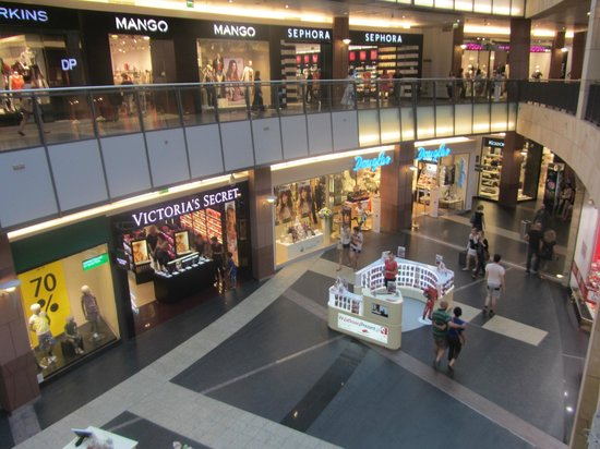 97f1349fd2 Zlote Tarasy Shopping Mall Warsaw Poland - Picture of Zlote Tarasy ...