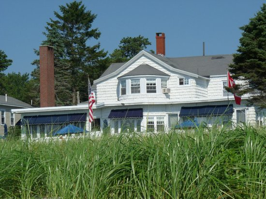 The Holiday House Inn: The Holiday house from the beach