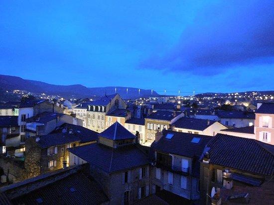 Mercure Millau: Chambre avec terrasse vue viaduc