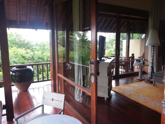 Four Seasons Resort Langkawi, Malaysia: Rooms with wrap around porches lots of glass.
