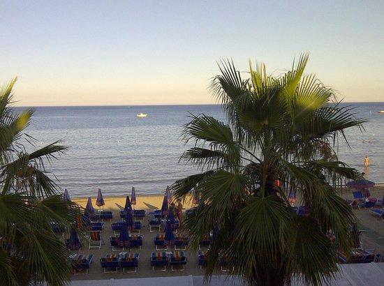 Hotel Riviera: Zimmeraussicht Room 104