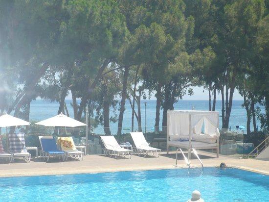 Park Beach Hotel: Вид из ресторана отеля