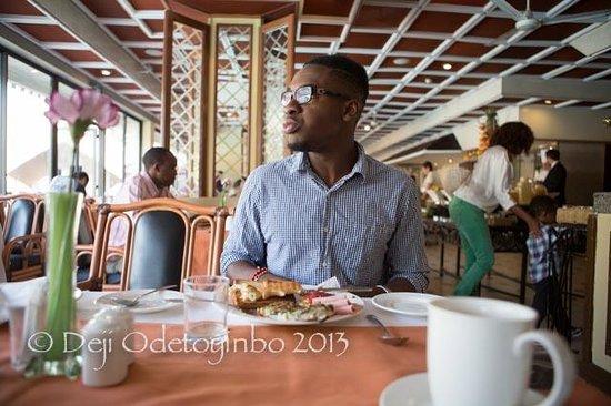 InterContinental Nairobi: Breakfast at Pool Terrace Restaurant