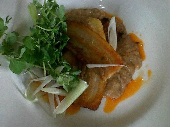 The Sand Bar & Seafood Co. Ltd.: yummy pork belly slices with lentils